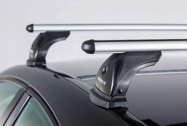 Az autók tetőcsomagtartói többféle stílusban kaphatók